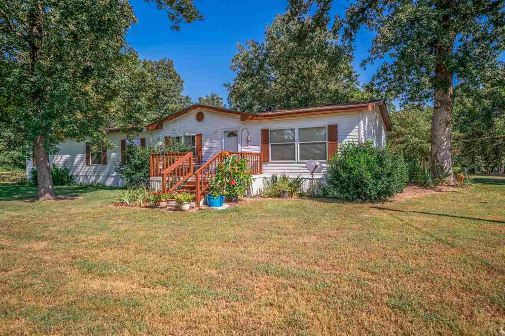 Photo of home for sale at 157 Private Road 3396, Gladewater TX