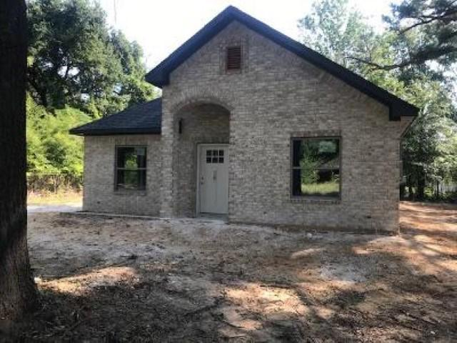Photo of home for sale at 808 Tenery, Gladewater TX