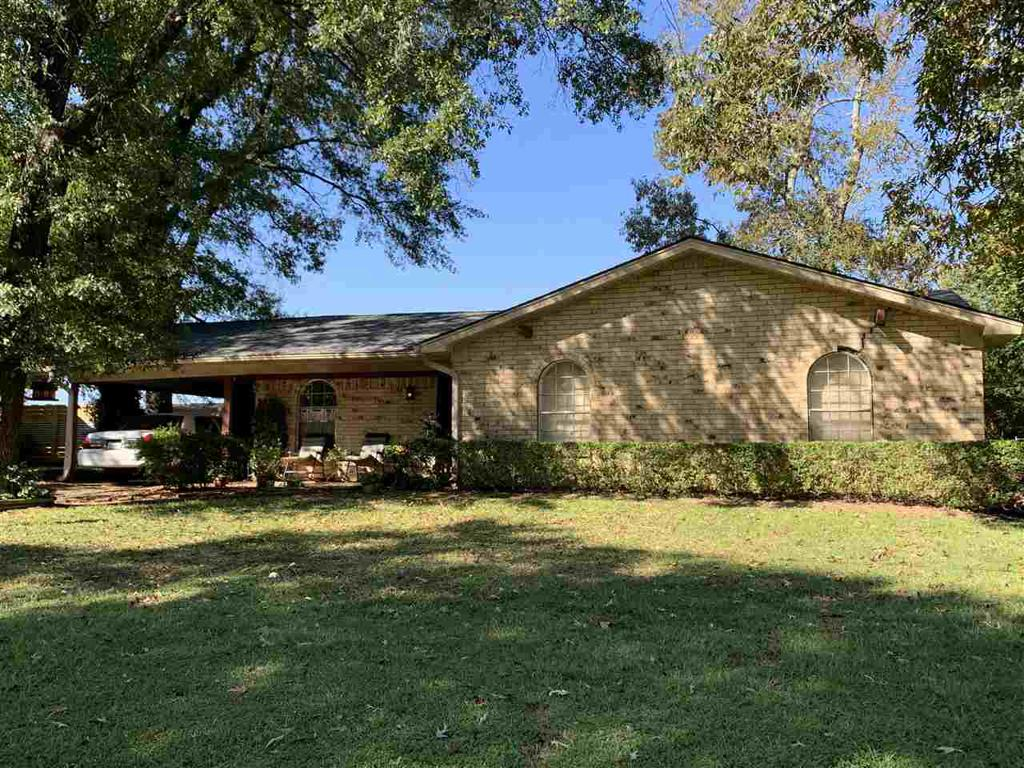 Photo of home for sale at 13 Victor Drive, Longview TX