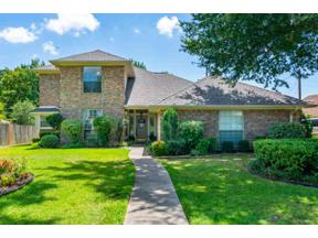 Property for sale at 1306 Enchanted Ln, Longview,  Texas 75605