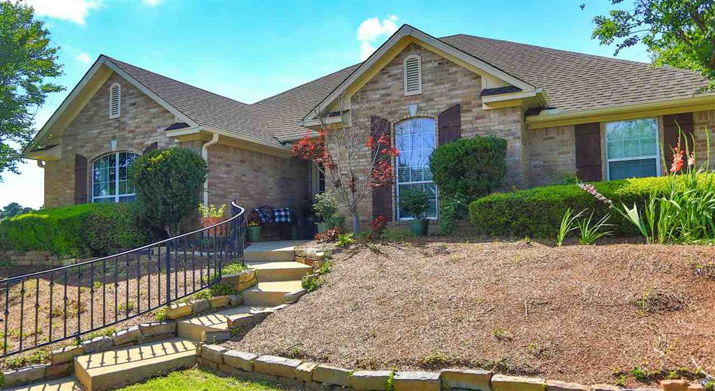 Photo of home for sale at 109 GARDEN VISTA DR., Marshall TX