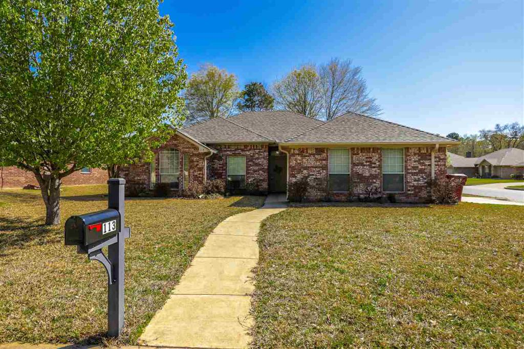 Photo of home for sale at 113 Canvasback Lane, Hallsville TX