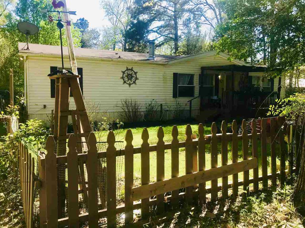 Photo of home for sale at 1984 Cherry Laurel, Gilmer TX