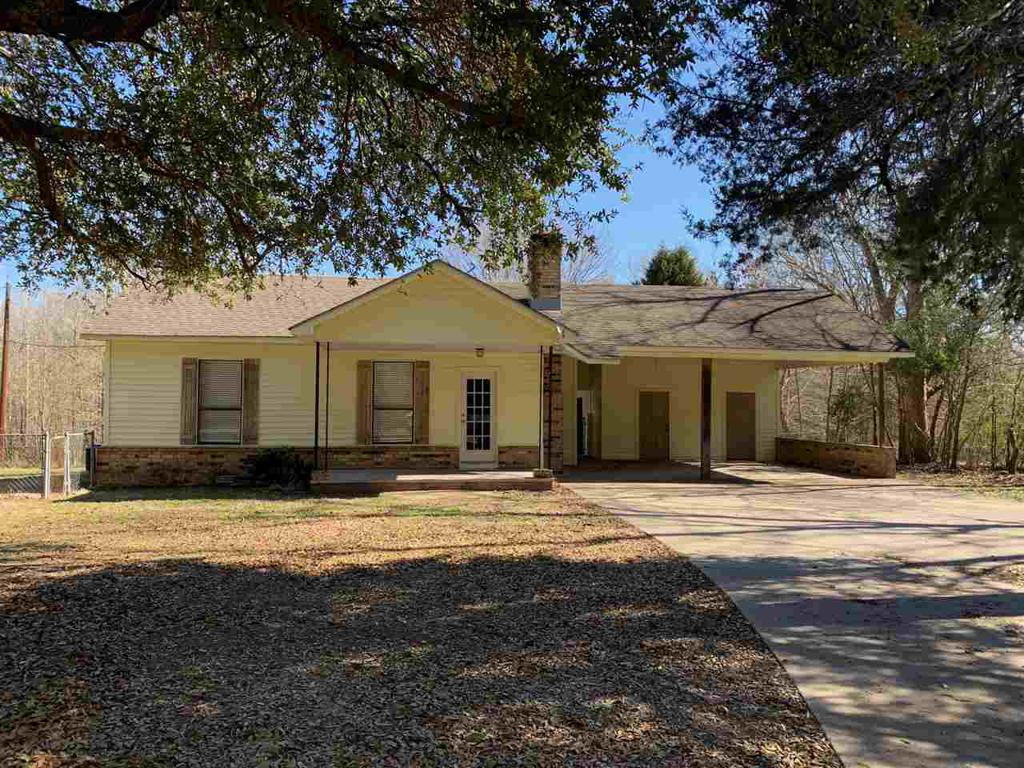 Photo of home for sale at 3495 CR 175, Gary TX