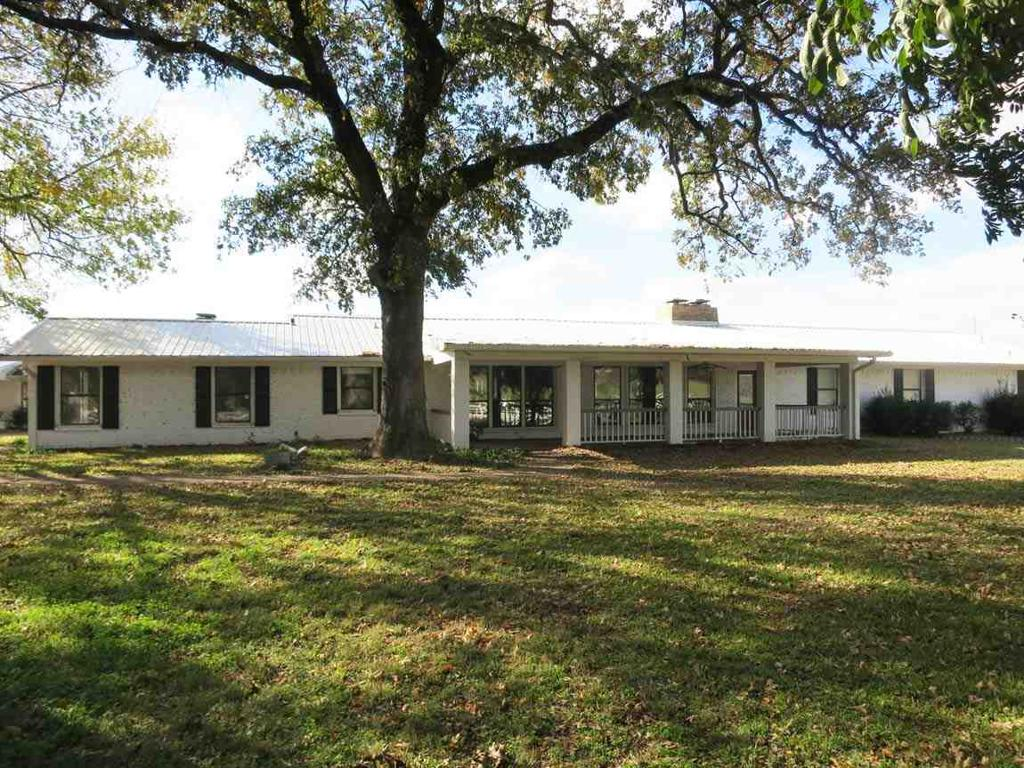 Photo of home for sale at 238 CR 319 W, Winona TX