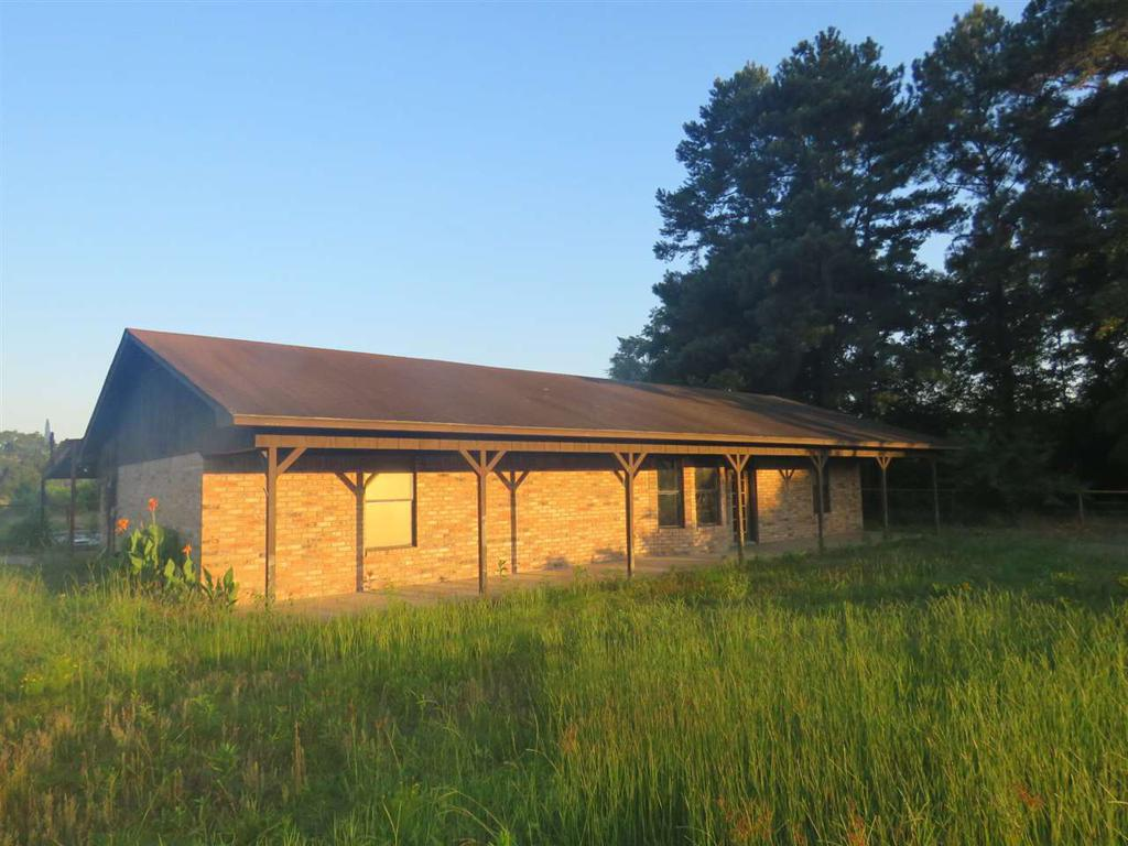 Photo of home for sale at 1513 FM 144, Daingerfield TX