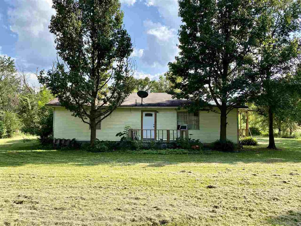Photo of home for sale at 8155 Mule Deer, Gilmer TX