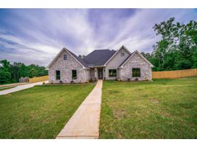 Property for sale at 170 Lilly Lue Ln, Longview,  Texas 75605