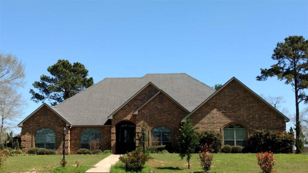 Photo of home for sale in Carthage TX