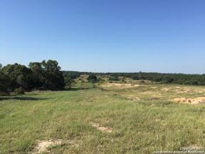 Property for sale at 2490 Oak Island Dr, San Antonio,  Texas 78264