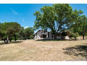 Property for sale at 8254 Park Lane Dr, Garden Ridge,  Texas 78266