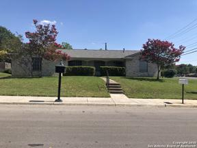 Property for sale at 818 Coach Rd, San Antonio,  Texas 78216