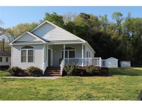 Property for sale at 104 Berkley Street, Ashland,  Virginia 23005