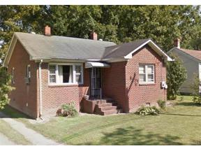 Property for sale at 121 Pine Street, Wakefield,  Virginia 23888