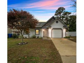 Property for sale at 608 Birchridge Court, Virginia Beach,  Virginia 23462