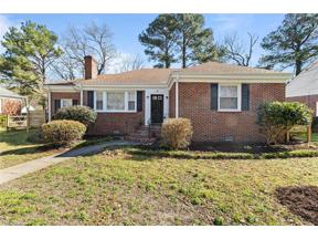 Property for sale at 105 Tyler Cresant Road, Portsmouth,  Virginia 23707