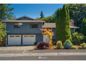 Property for sale at 31524 36th Avenue SW, Federal Way,  WA 98023