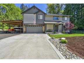 Property for sale at 5147 Beverly St SE, Olalla,  WA 98359