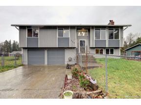 Property for sale at 717 140th St E, Tacoma,  WA 98445