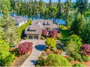 Property for sale at 10462 Country Club Rd, Bainbridge Island,  WA 98110