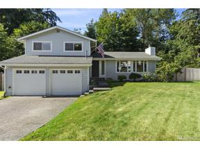 Property for sale at 2239 SW 309th St, Federal Way,  WA 98023