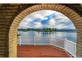Property for sale at 9829 Lake Steilacoom Dr SW, Lakewood,  WA 98498
