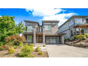 Property for sale at 922 N 34th St, Renton,  WA 98056