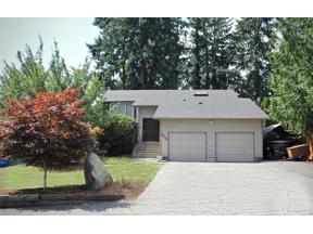 Property for sale at 5012 W Tapps Drive E, Lake Tapps,  WA 98391