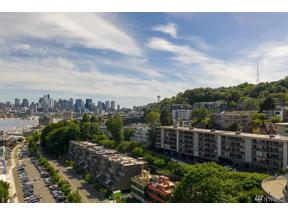 Property for sale at 2134 Waverly Place N Unit: 103, Seattle,  WA 98109