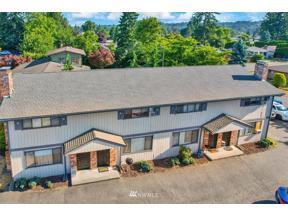 Property for sale at 1016 Harvey Road NE, Auburn,  WA 98002