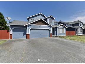 Property for sale at 9820 S 242nd Place, Kent,  WA 98030
