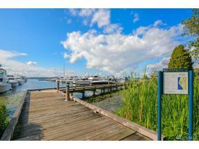 Property for sale at 4635 NE Lake Washington Blvd, Kirkland,  WA 98033