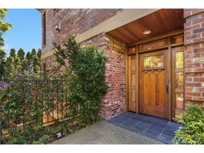 Property for sale at 812 Warren Ave N, Seattle,  WA 98109