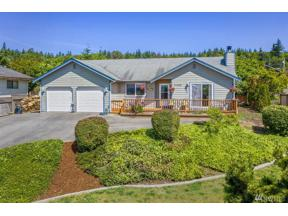 Property for sale at 37498 Hood Canal Dr NE, Hansville,  WA 98340