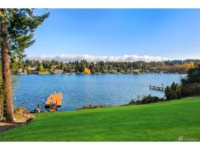 Property for sale at 3808 Hunts Point Rd, Hunts Point,  WA 98004