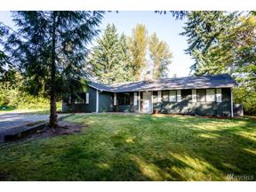 Property for sale at 18917 S Tapps Dr E, Lake Tapps,  WA 98391