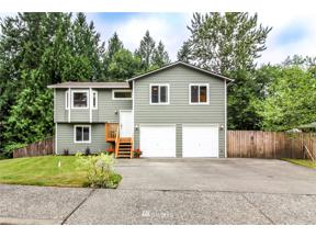 Property for sale at 73 20th Ave Court, Milton,  WA 98354