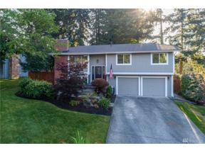 Property for sale at 32217 3rd Ave SW, Federal Way,  WA 98023