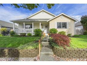 Property for sale at 14717 Rivergrove Dr E, Sumner,  WA 98390