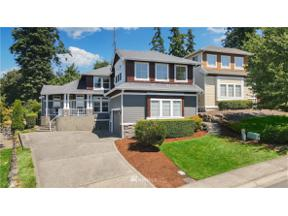 Property for sale at 10022 SE 218th Place, Kent,  WA 98031