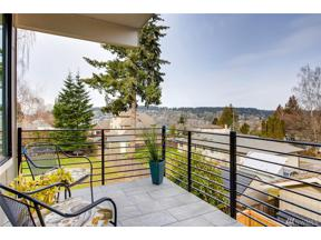 Property for sale at 3919 Meadow Ave N, Renton,  WA 98056