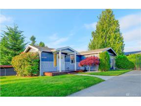 Property for sale at 32432 2nd Ave, Black Diamond,  WA 98010