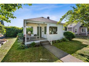 Property for sale at 450 Williams Avenue N, Renton,  WA 98055