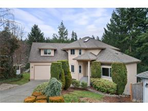 Property for sale at 2023 S 374th Ct, Federal Way,  WA 98003