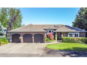 Property for sale at 21812 69th Street E, Lake Tapps,  WA 98391