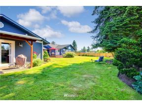 Property for sale at 10022 32nd St E, Edgewood,  WA 98371