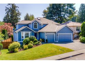 Property for sale at 5039 NE 21st St, Renton,  WA 98059