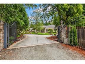 Property for sale at 31090 E Lake Morton Dr SE, Kent,  WA 98042