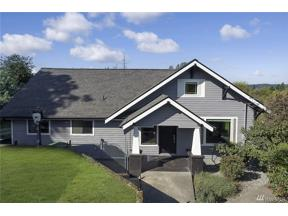 Property for sale at 703 19th Ave, Milton,  WA 98354