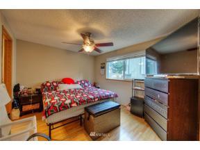 Property for sale at 1704 Douglas Court, Milton,  WA 98354